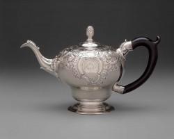 Silver teapot by Paul Revere, Jr. (1734-1818), Boston, Massachusetts, 1760-1765