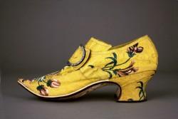 Yellow brocaded shoe, Thomas Ridout and James Davis